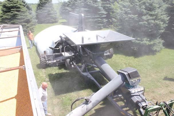 Loftness-GBL 12 with Truck Auger